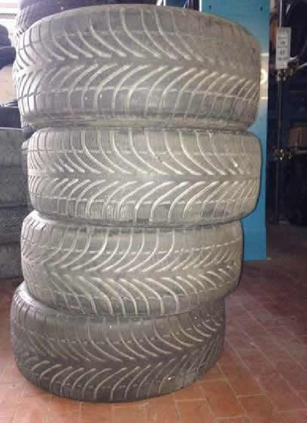 4 Gomme Termiche usate 215-50 R17