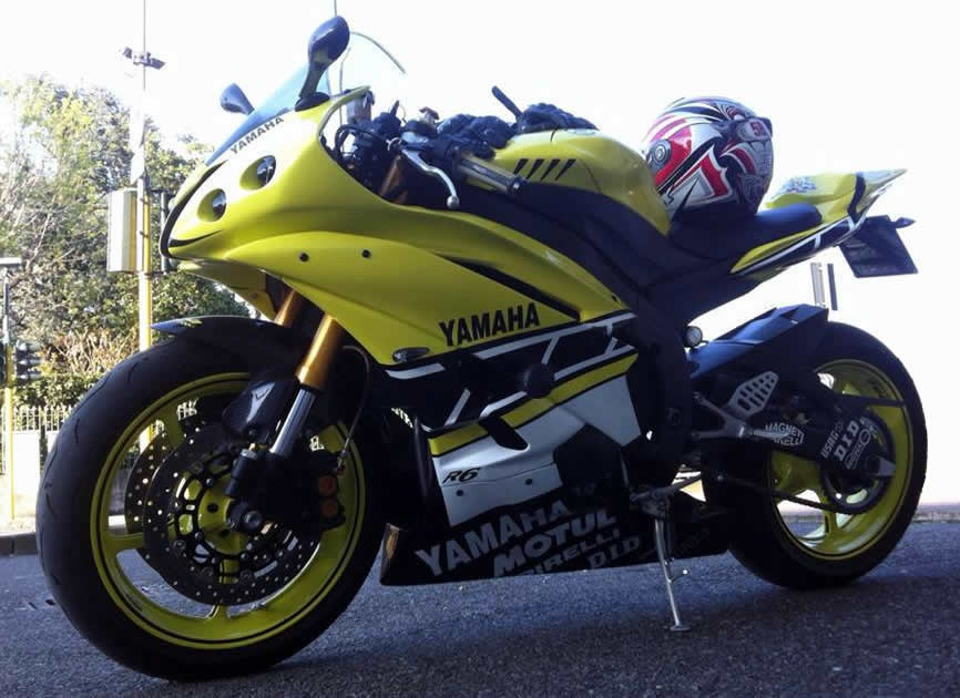 YAMAHA R6 – FASCINO INTRAMONTABILE