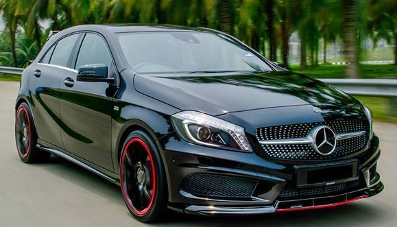 auto elaborate mercedes classe a brabus macchine km 0 tuning mercedes classe a 45 amg by brabus. Black Bedroom Furniture Sets. Home Design Ideas