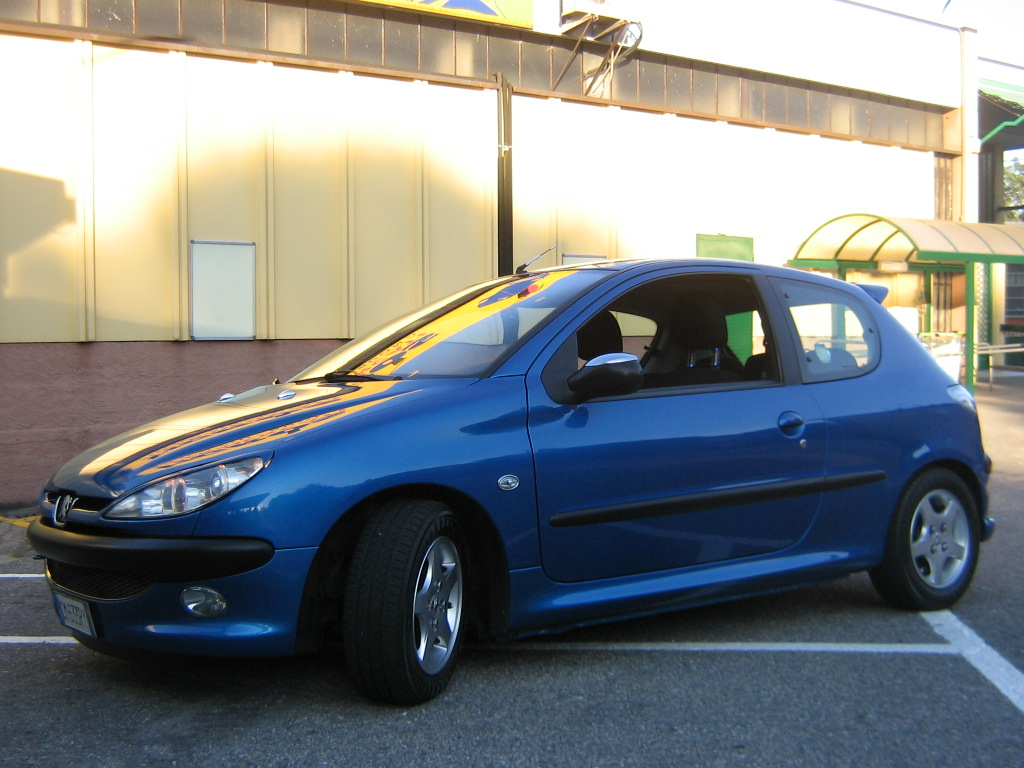auto elaborate peugeot 206 1 4 hdi macchine km 0 tuning blue recife. Black Bedroom Furniture Sets. Home Design Ideas
